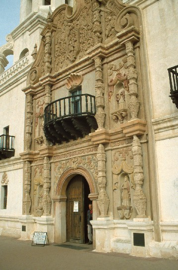 Spanish Colonial Architectural Styles of America and Europe